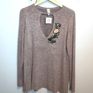 NWT Apple Blossom Sweater Size L